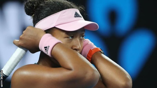Naomi Osaka frustrated in defeat