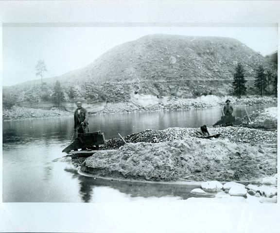 Chinese miner near site of Hells Canyon Massacre