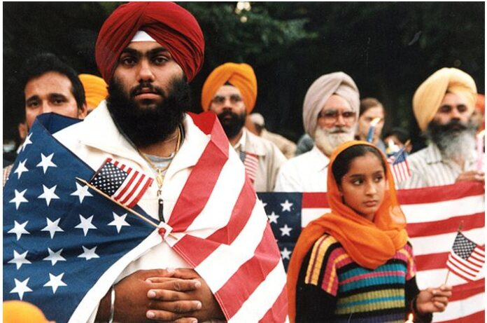 Sikh American express their patriotism before the 1st anniversay of 9-11